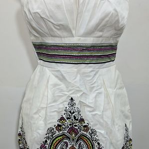 Ladies halter top dress size 7 white with design
