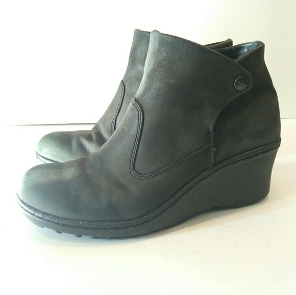 Keen Shoes - Keen Women s Akita Ankle Boot size 8 2d599ac0344