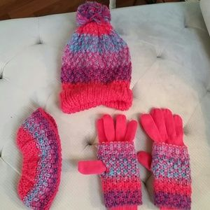 Cute knit hat, glove and earwarmer set