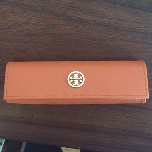 Tory burch glasses case