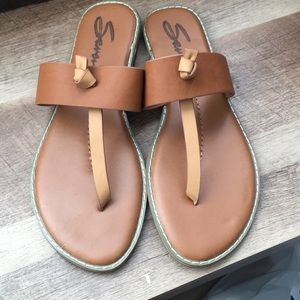 Shoes - Seven for all mankind Sandals