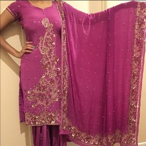 Indian salwar kameez Dress