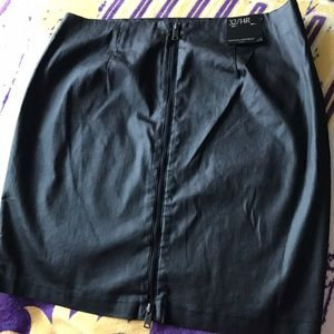 NWT Banana Republic Black Skirt Back Zipper Sz 14