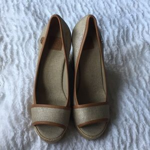 Tory Burch wedges...NWOT. Size 9.