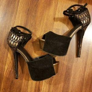 ShoeDazzle Scene Platform Heels