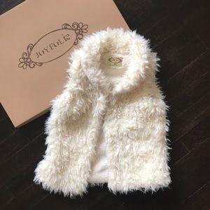 Joyfolie faux fur vest