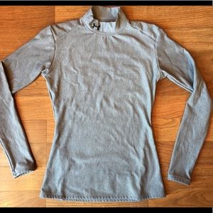 Women's Under Armour Med heat gear thick thermal