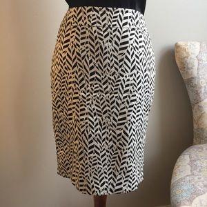 Like new LOFT pencil skirt