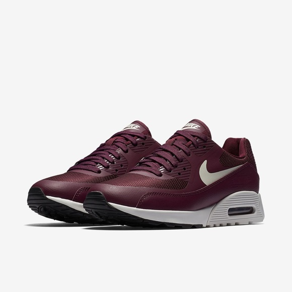 in stock 13b3a e305d NIKE AIR MAX 90 ULTRA 2.0 Women s Shoes