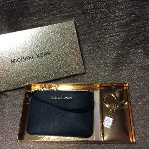 Michael Kors Giftables MD On The Go box Set