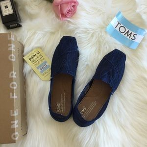 f57ec31aa6d Toms Shoes - Tom s Classic Ink Lace