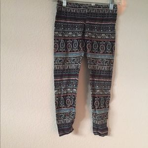 Other - Patterned leggings