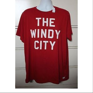 "Old Navy Mens Red Chicago ""The Windy City"" T-Shirt"