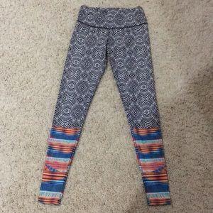 Onzie tribal print leggings