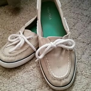 Nautica boat shoes.....used shoes