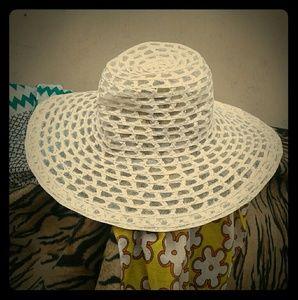 70s WHITE WEDDING WONDERFULLY WOVEN HAT
