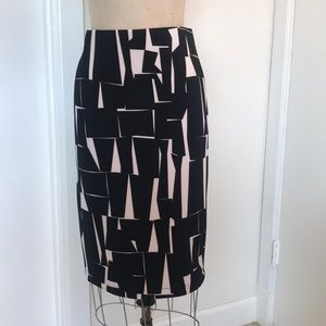 Vince Camuto Aztec Print Zipped Pencil Skirt