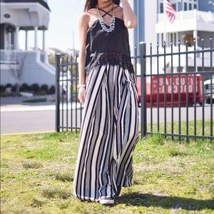 Pants - Stripped Wide Leg Pants