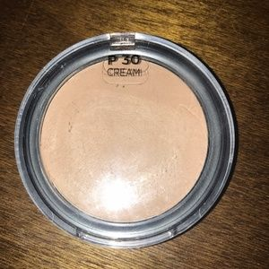 Cover FX total cover cream foundation in P30
