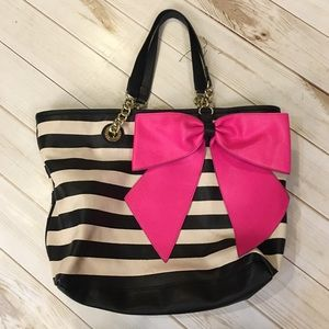 Betsey Johnson Bow Tastic Striped Tote🖤💕