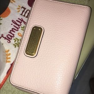 BRAND NEW MARC JACOBS WRISTLET