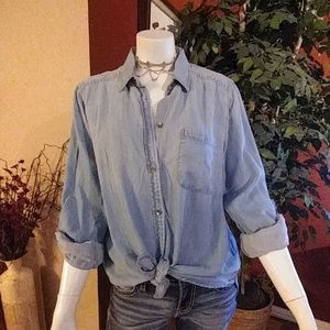 NWT American Eagle Outfitters Denim Shirt
