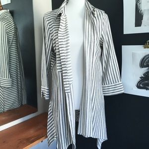 GREY AND WHITE LONG STRIPED CARDIGAN/DUSTER