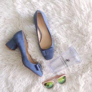 ZARA baby blue faux suede bow block heels NWOT