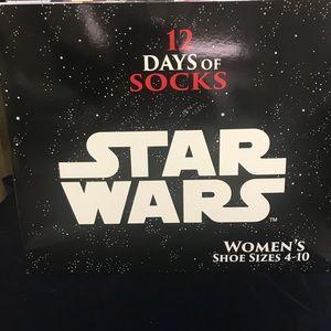 Accessories - Star Wars 12 days sock advent calendar NWT
