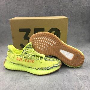 Semi-Frozen adidas Yeezy 350v2 size 9.5