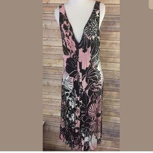 Elie Tahari Sleeveless V Neck Black Pink dress