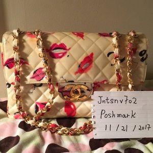 Authentic Vintage Chanel Kisses Lips 👄 Hearts Bag