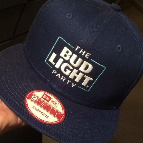 724b9ca48a2 SnapBack bud light limited edition 9fifty hat