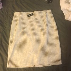 Express white and black pencil skirt