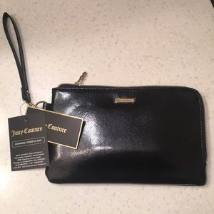 Juicy Couture Charging USB Wristlet