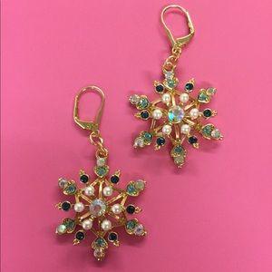 New Betsey Johnson large blue snowflake earrings