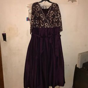Dresses & Skirts - Formal gown