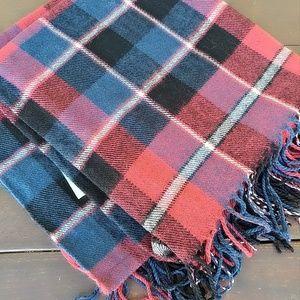 Accessories - Large fringe duster scarve wrap