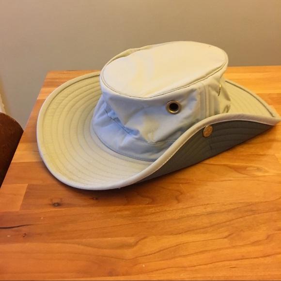 Tilley Accessories - The Tilley Hat safari original nwot Size 6 7 8 ab4cd8b8a055