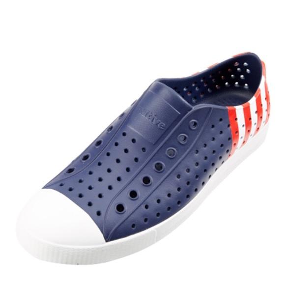 c8c9d0c9a31d Native Jefferson Block water shoe W 8 M 6