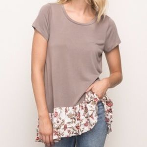 Ruffle bottom blouse PRICE FIRM