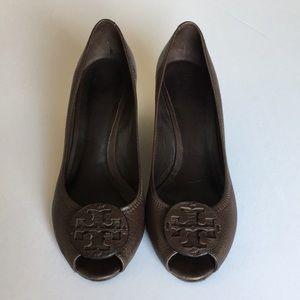 Tory Burch brown leather wedge peep toe heels 7.5