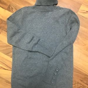 LOFT gray turtleneck sweater, size med. Worn once.