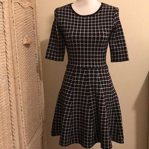 NWT TOPSHOP SKATER DRESS!!