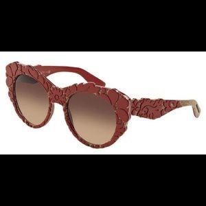 NWOT Dolce & Gabbana floral cat eye sunglasses