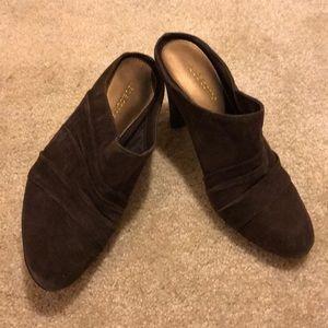 Liz Claiborne suede heels