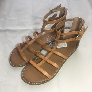 OLD NAVY   TAN FAUX LEATHER GLADIATOR SANDALS