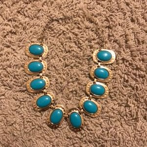 Jewelry - Gold and turquoise necklace