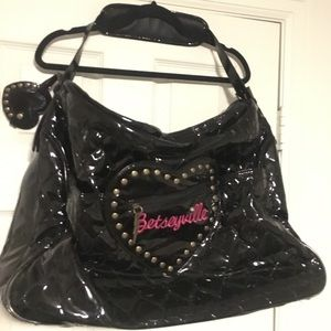 Betsey Johnson overnighter bag