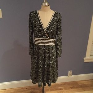 Black White Polka Dot A-Line V-Neck Dress Size L